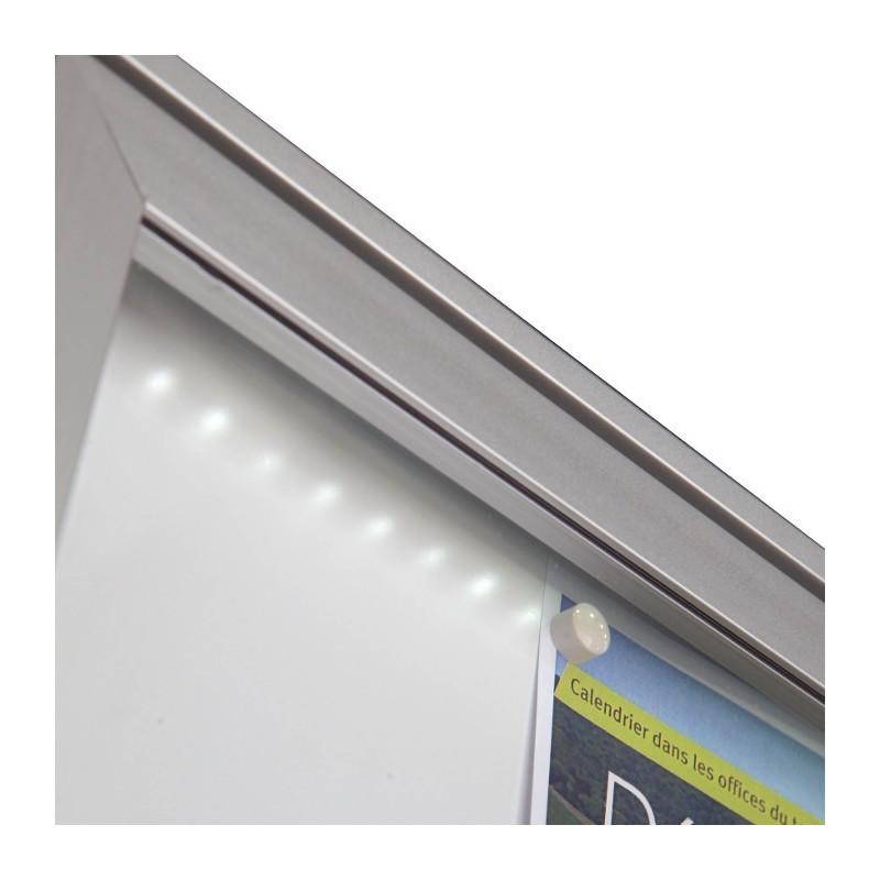 vitrine extra plate led en alu anodis vitrage plexi. Black Bedroom Furniture Sets. Home Design Ideas