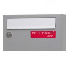"""Plaque """"PAS DE PUBLICITE - SVP"""" - Fond rouge, texte gravé blanc"""