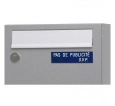 """Plaque """"PAS DE PUBLICITE - SVP"""" - Fond bleu, texte gravé blanc"""
