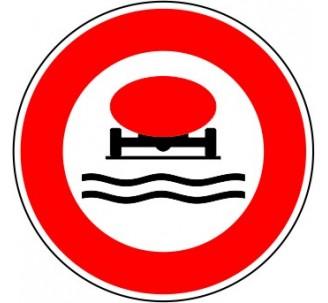 """Kit ou panneau seul type routier """"Interdit aux véhicules transportant des marchandises susceptibles de polluer l'eau """" ref: B18b"""