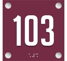 Numéro de porte en plexi avec relief et braille