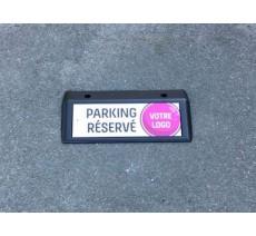 Plaque d'identification de place de parking